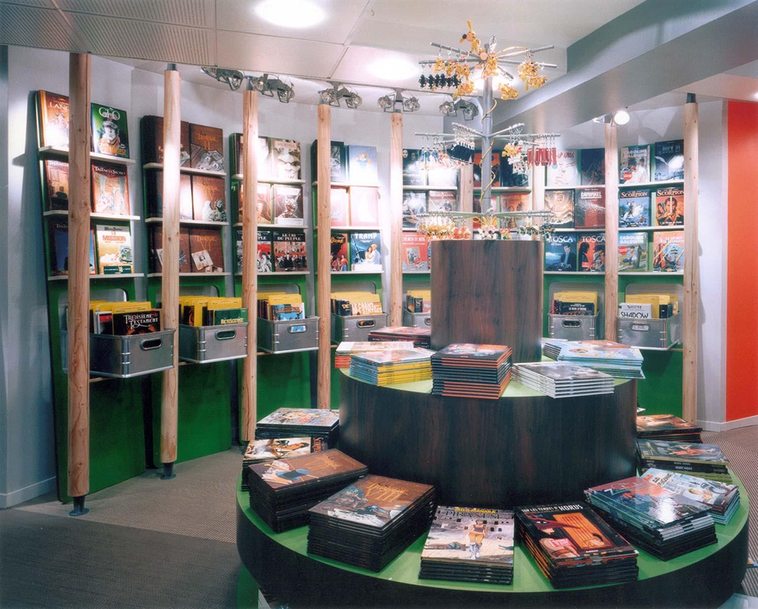 Lautrefabrique architectes librairie bulles de salons - Salon de the librairie ...